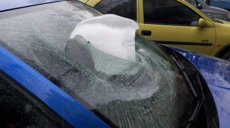 фото сосульки на автомобиле