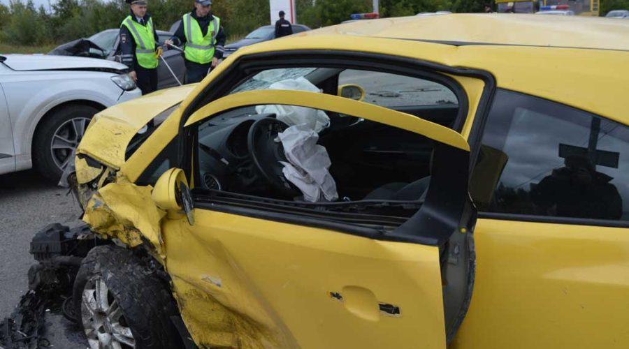 фото аварии на такси