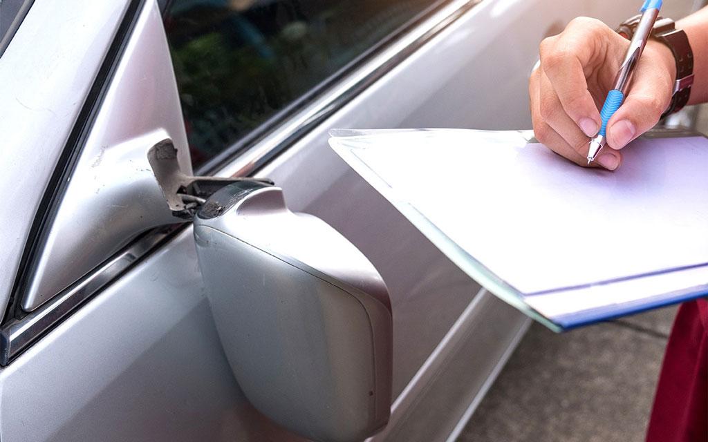 фото оценки ущерба автомобилю