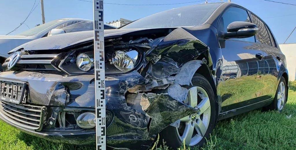 фото осмотра автомобиля страховщиком
